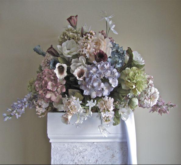 Vintage altar pillar floral