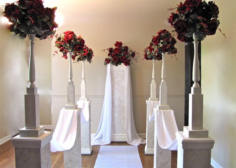 Red roses ceremony