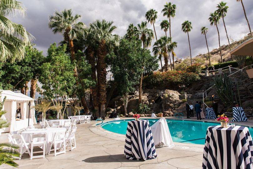 Spencer's poolside cocktail receptions offer a chic and vintage Palm Springs feel.