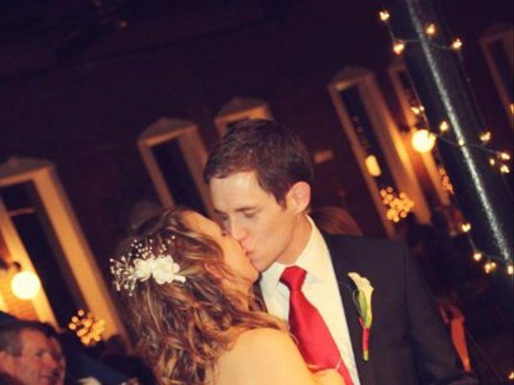 Tmx 1335925084618 339334101503703474977131189582127128292860544281011o Lawrence wedding photography