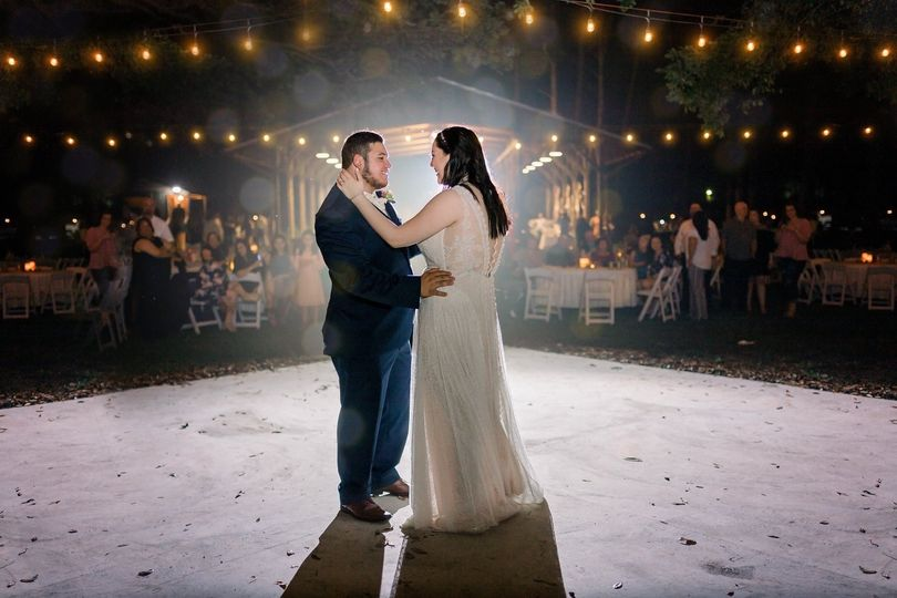 1st dance as husband and wife
