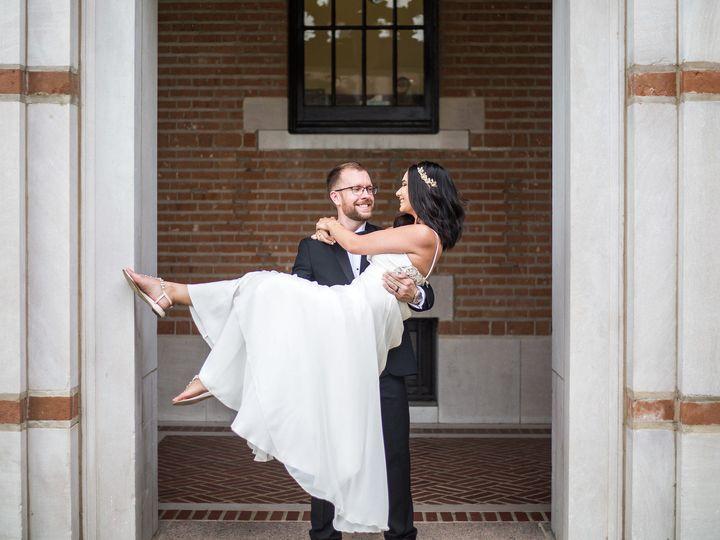 Tmx 1529441675 Fd6b9dffc3194c34 1529441674 Fe0a2bdf26faa904 1529441668339 2 41091793450 5f1374 Houston, TX wedding photography