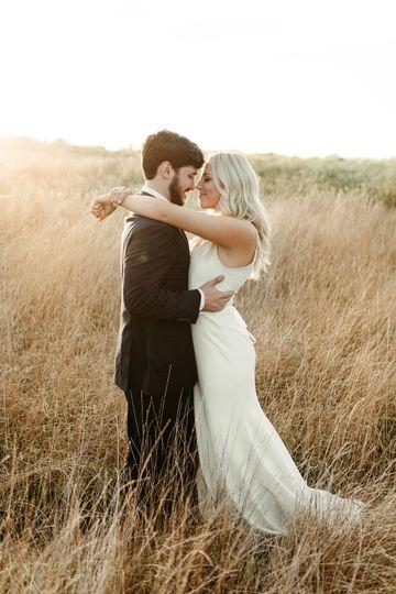 laura powers photo arkansas wedding and elopement photographer osage house wedding joon bridal fayetteville arkansas wedding photographer photographer near me 8839 2 51 1863357 159992683682920