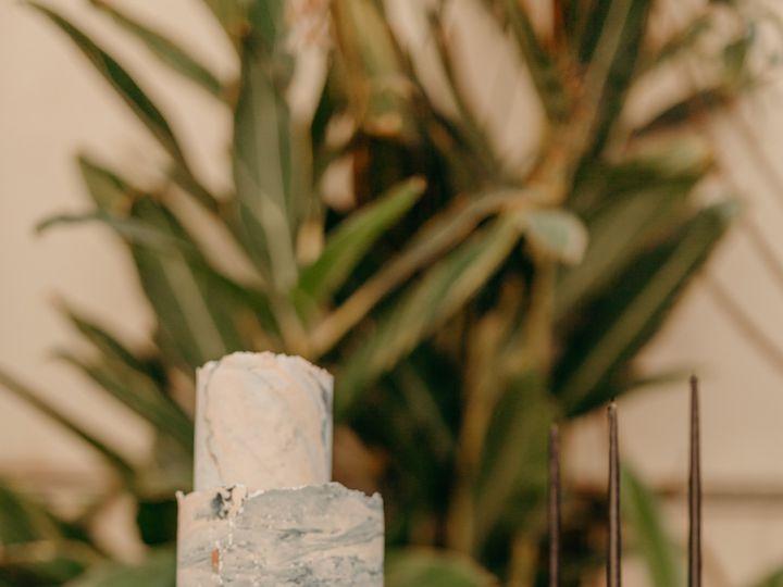 Tmx Samasama 80 51 777357 158284218678338 Santa Barbara, CA wedding cake