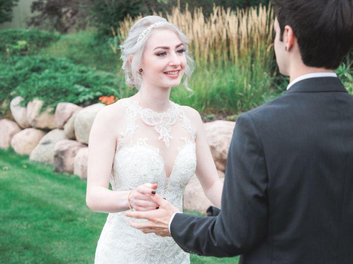 Tmx 9 7kande 109 51 328357 1570373460 Oshkosh, WI wedding photography