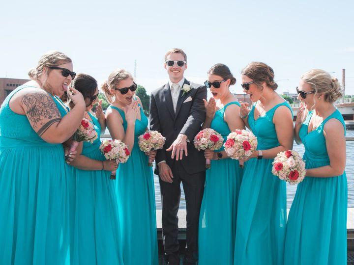 Tmx Img 1306 51 328357 1563370753 Oshkosh, WI wedding photography