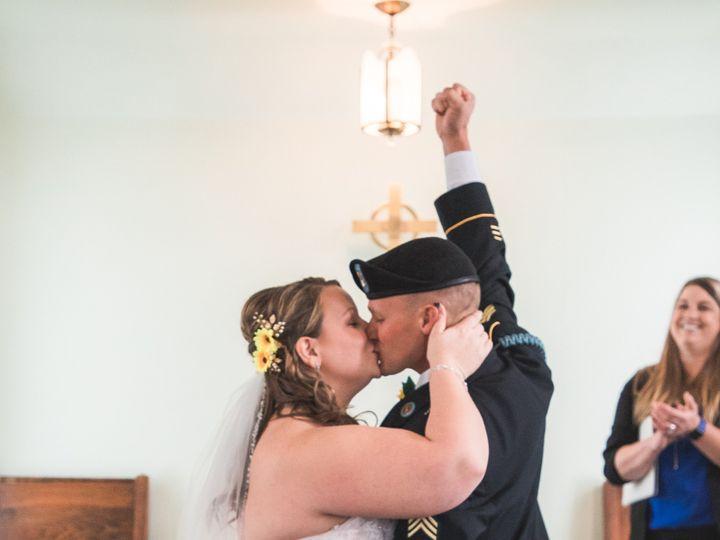 Tmx Img 1555 51 328357 157486299313284 Oshkosh, WI wedding photography