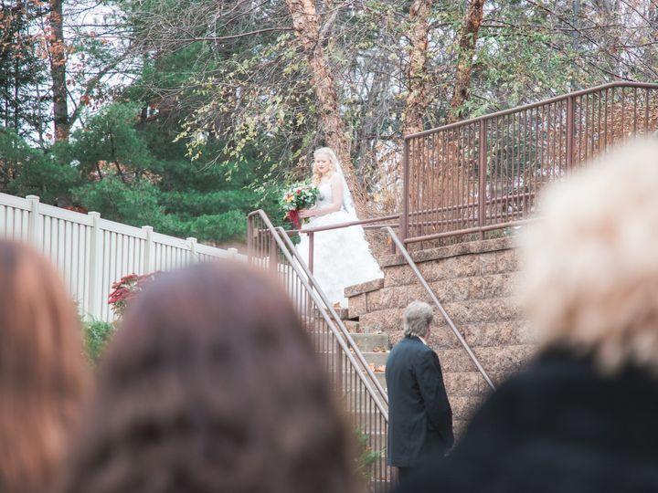 Tmx Img 2894 51 328357 157849560747330 Oshkosh, WI wedding photography