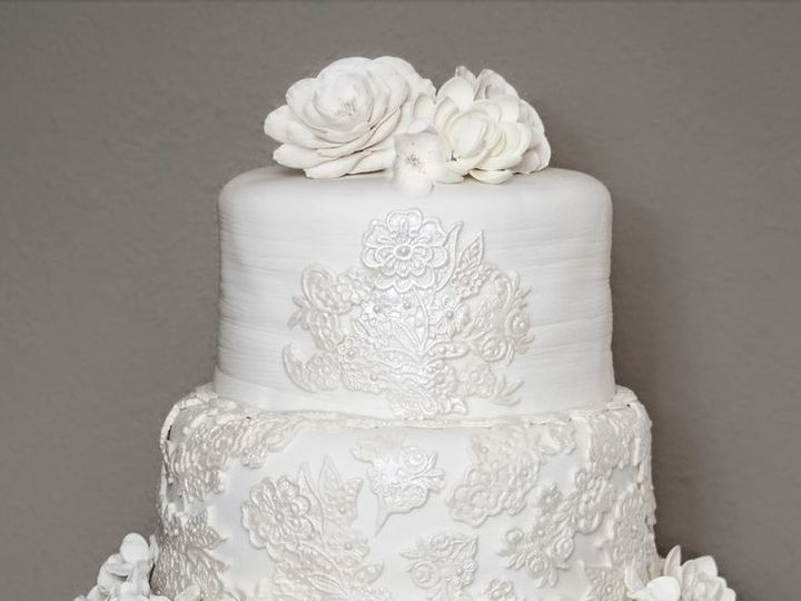 Tmx 1429606414845 Screen Shot 2015 01 23 At 2.45.54 Pm Simi Valley wedding cake