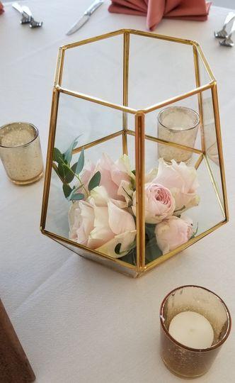 Terrarium with English Roses