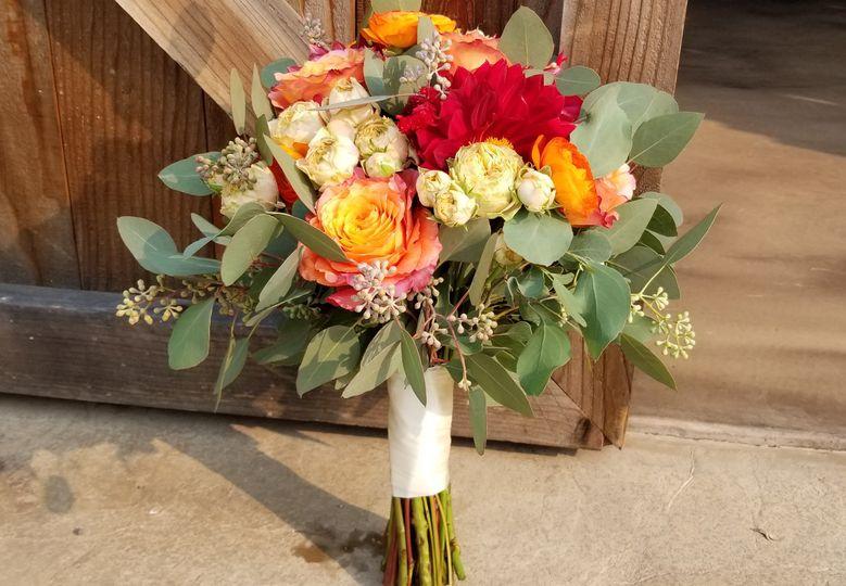 10 bridesmaid bouquet bright 51 409357