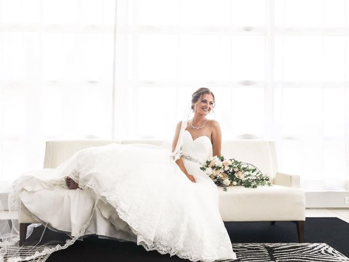 Tmx Amy On Couch 51 721457 1556042644 Coralville wedding dress