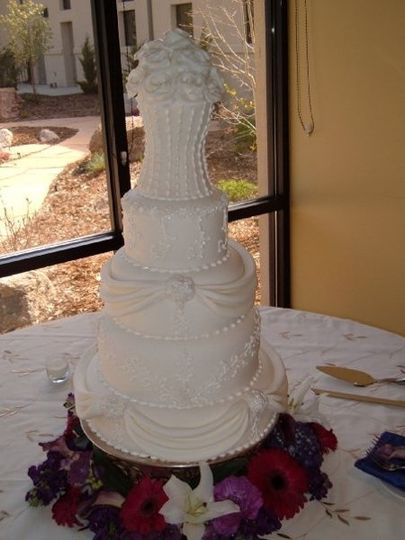 colorado springs wedding cakes chef sugar s cakes and confections by amuse gourmet 12901