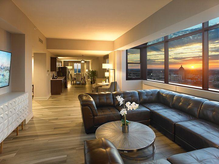Tmx Lake Ontario Suite Living Area 51 142457 Rochester, New York wedding venue
