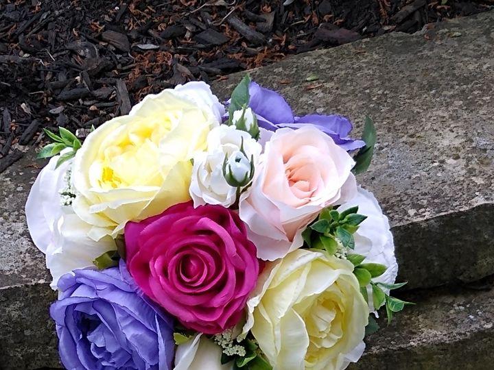 Tmx 11 51 1972457 159225560197408 Gahanna, OH wedding florist