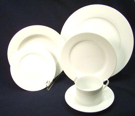 White circular plates