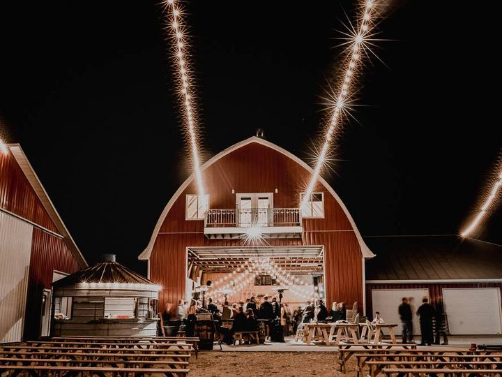 Tmx Z Barn 51 1005457 Tipton wedding planner