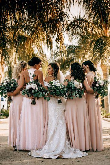 Kalei and her bridesmaids