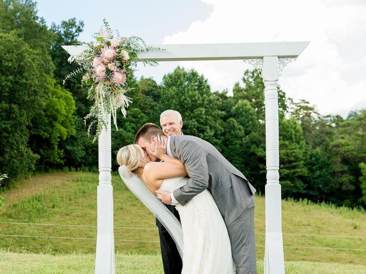 Tmx Carliegh2 51 1926457 161014404378800 Powell, TN wedding florist