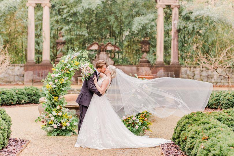 A Swan House wedding