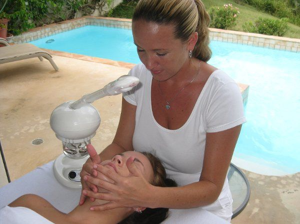 Soothing Aromatherapy Facial