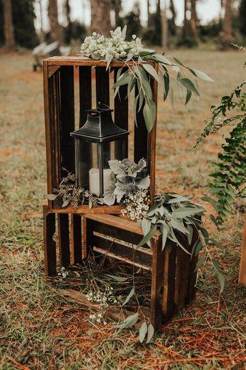 Pines of Windermere - outdoor wedding decor