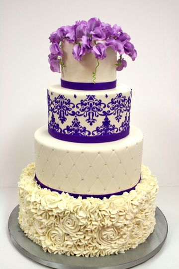 800x800 1487103636584 Wedding Cakes New Jersey Purple Sweet Peas Custo