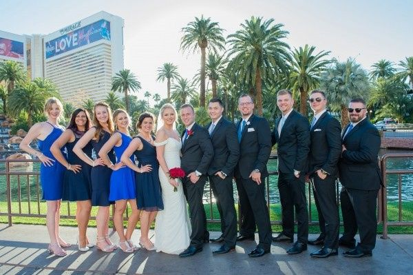 Ava & Joerdon and their Bridal Party