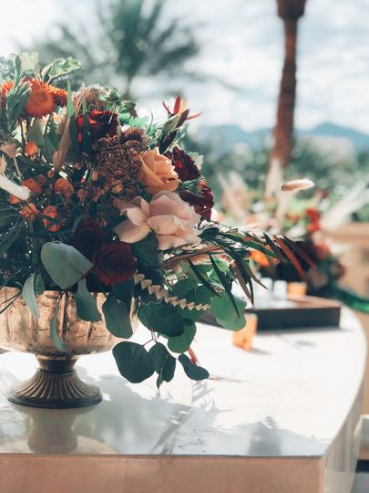 Earthy floral centerpiece