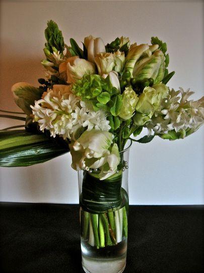 All white elegant flower arrangement