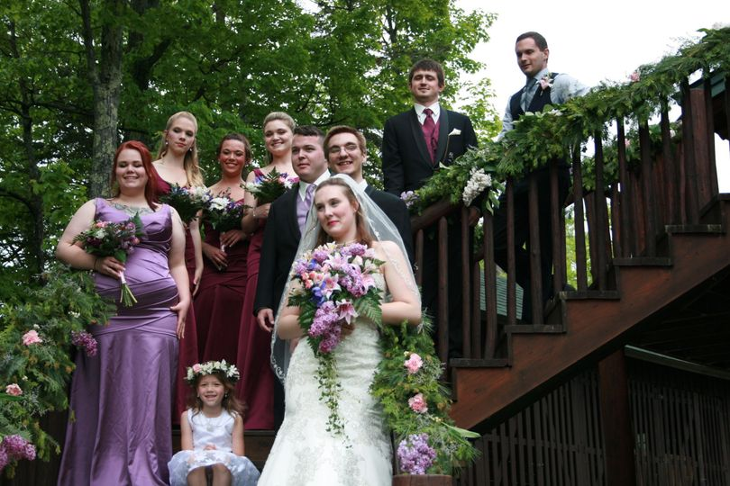 799775fc7e2827be 1451501575150 alyssa and bridal party on stairs