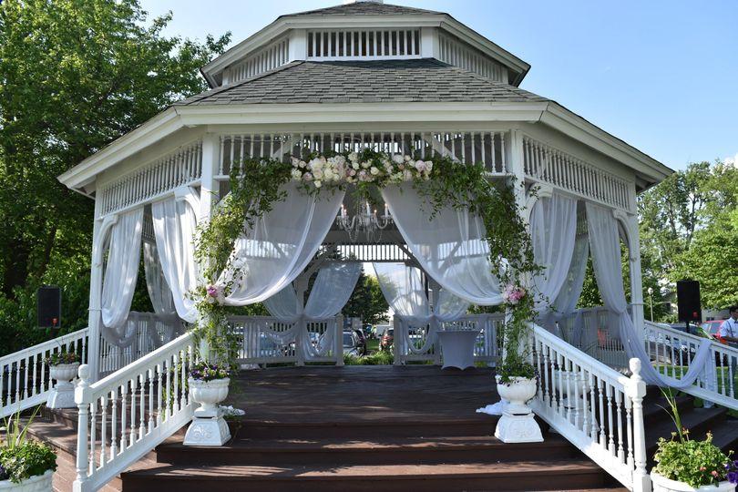 Front view of gazebo - Oakwood Resort