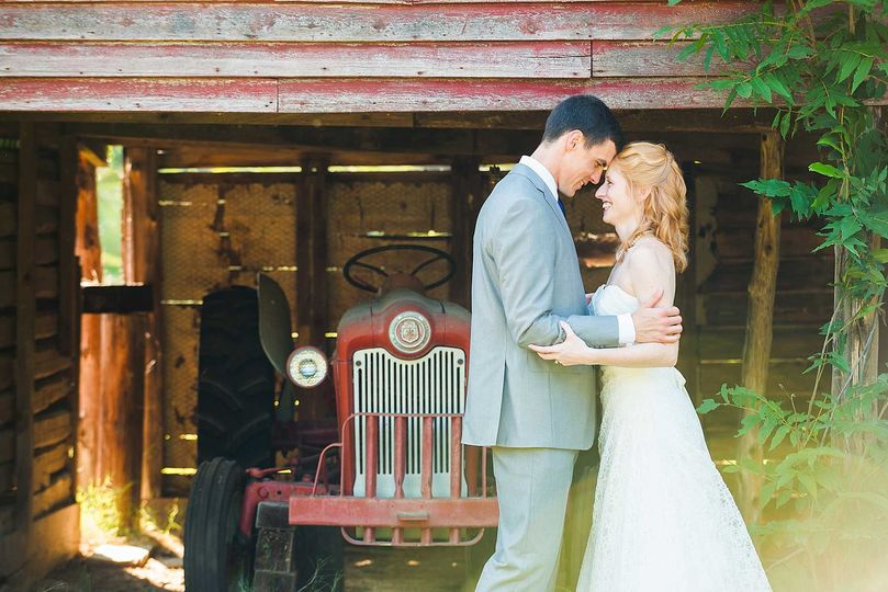 Country-Chic wedding in Winston-Salem, NC.
