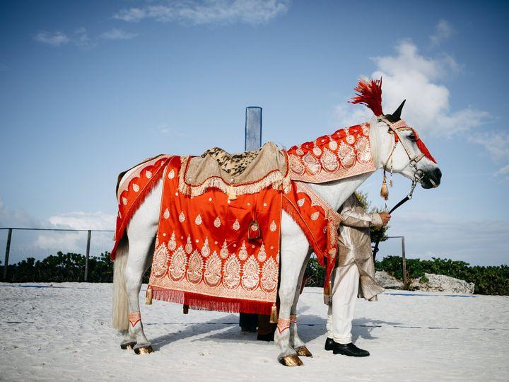 Tmx Taryn Amar 1026 51 652657 Palm City wedding transportation