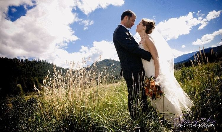 Mountain springs lodge venue leavenworth wa weddingwire for Leavenworth wa wedding venues