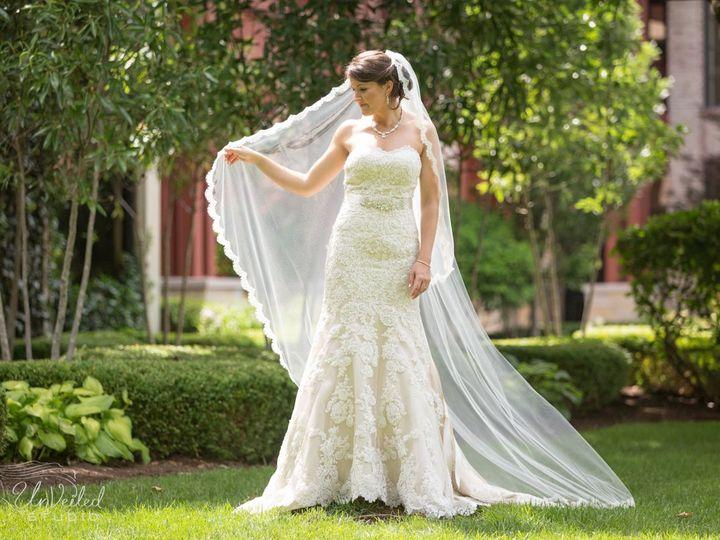 Tmx Waveland Johnson Bride Shot 51 724657 160969367179999 Lexington, KY wedding catering