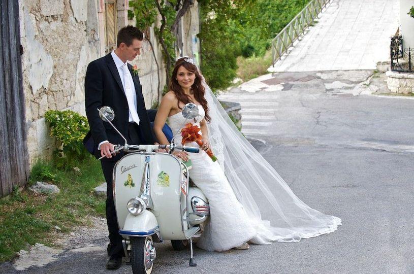 71e56fc45103607c Vespa Wedding in Italy