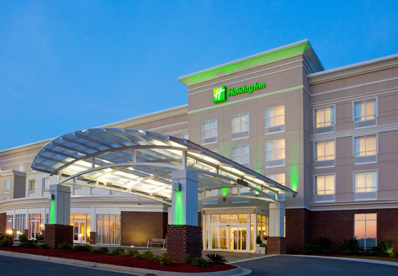 Holiday Inn Statesboro University Area Venue Statesboro Ga Weddingwire