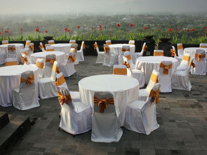 Tmx 1521504661 2e6cbec05b39b025 1521504658 3f00f7b398e0877f 1521504650367 4 Round Table Pic Dallas, Oregon wedding rental