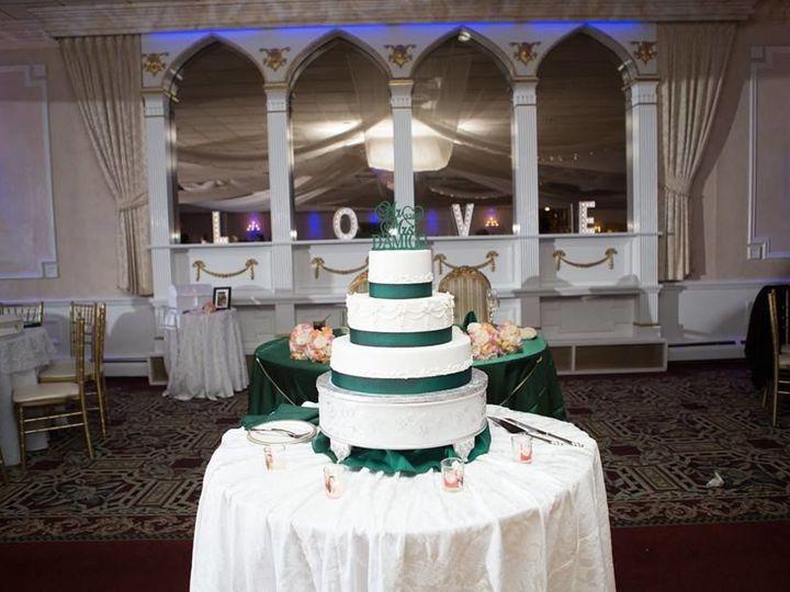 Tmx 1516211699 4008afd3ea41fa64 1516211697 651bf3cba3e81773 1516211695153 6 15056422 101547398 Brooktondale, New York wedding planner