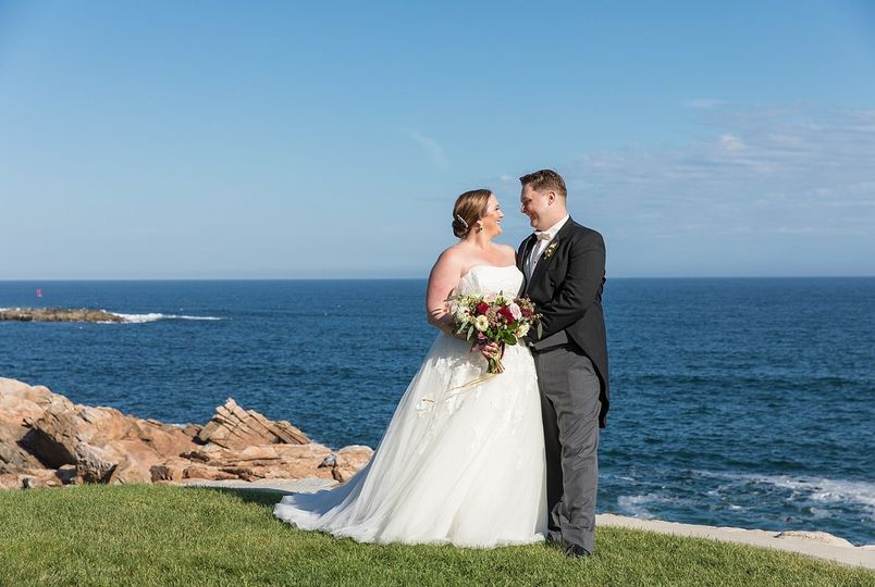 Newlyweds by the sea | 26 North Studios