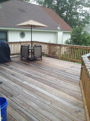 Awesome deck with party lights!