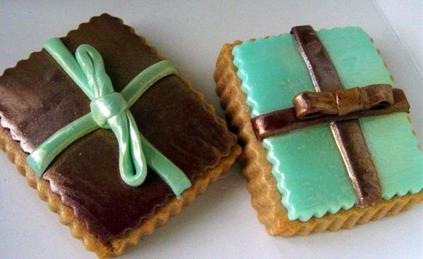 WeddingBoxcookiesbrownblue042009