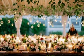 Fabulously Chic Weddings