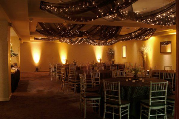 Various venue sizes available (Hermes room pictured).