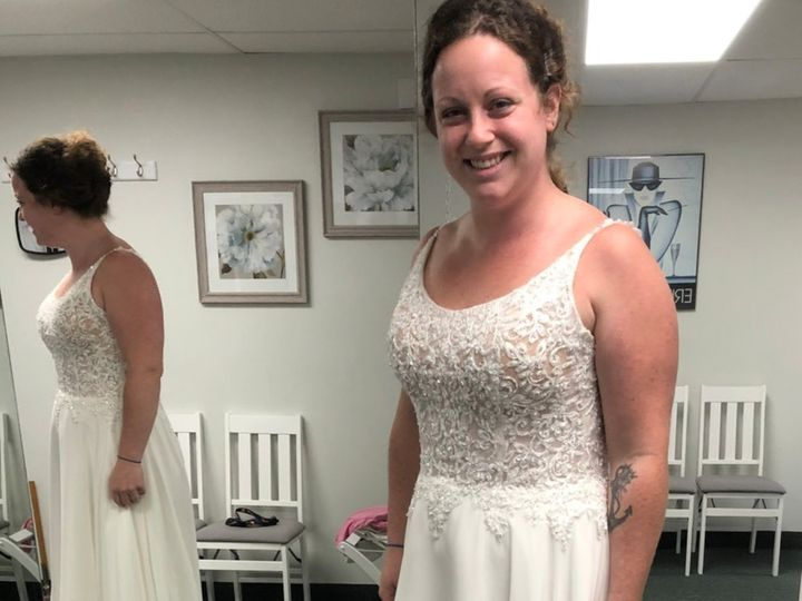 Tmx Gallery Page 4 51 1298757 159897260574203 Howell, MI wedding dress