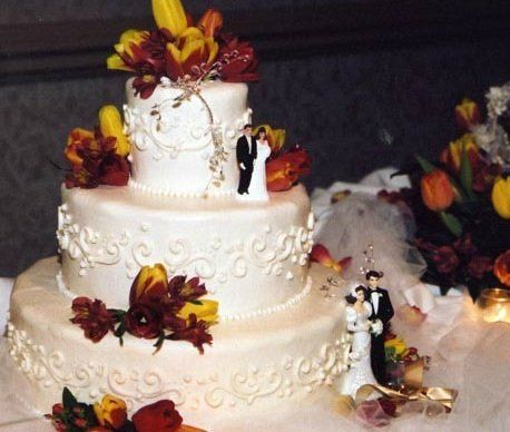 800x800 1340290128822 weddingcake2