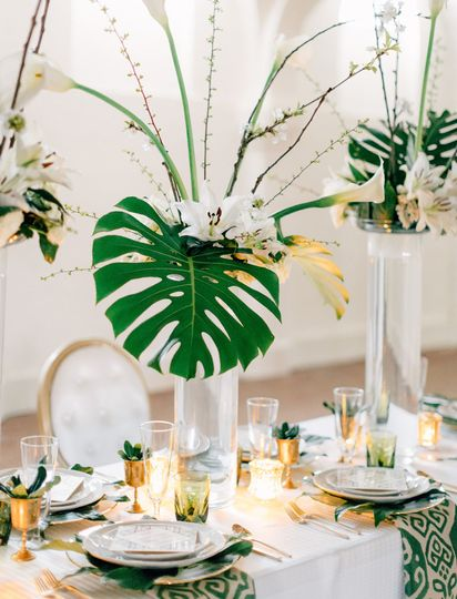 ... 800x800 1482944444687 green wedding shoes boo cat club table setting ...  sc 1 st  Wedding Wire & Stems Florist - Flowers - St. Louis MO - WeddingWire