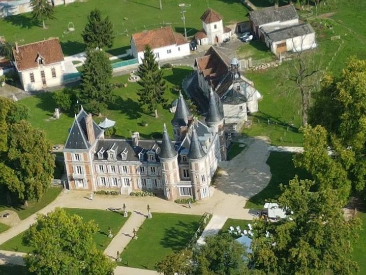 View of the château from above