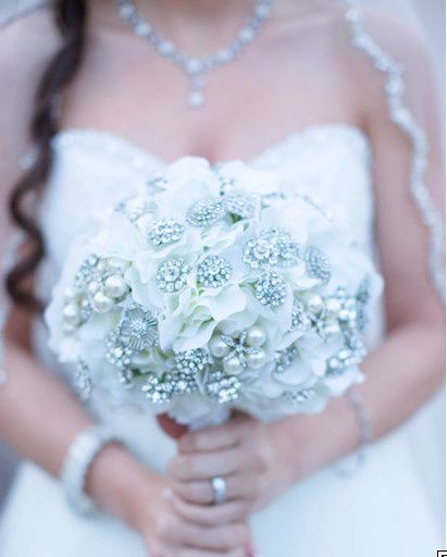 White bouquet with silver bits